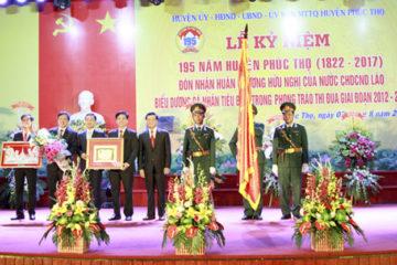 Phúc Thọ kỷ niệm 195 năm Ngày thành lập và đón nhận Huân chương Hữu nghị của nước Cộng hòa Dân chủ Nhân dân Lào