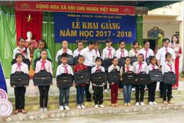 Công đoàn, đoàn thanh niên trường Hữu Nghị T78 tổ chức vận động quyên góp ủng hộ nhà giáo, người lao động và học sinh các tỉnh niềm núi phía Bắc