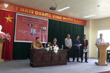 Chi bộ Đảng LHS Lào tổ chức kết nạp Đảng viên mới