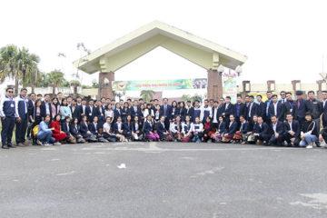 Trường Hữu Nghị T78 tổ chức cho lưu học sinh Lào thăm quan tại K9, Làng văn hóa các dân tộc Việt Nam