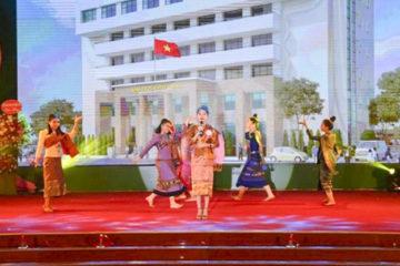 """Chung kết toàn quốc Cuộc thi """"Hùng biện tiếng Việt cho lưu học sinh Lào tại Việt Nam"""" năm 2019"""
